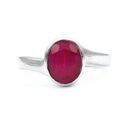 """Ezüst rubin köves gyűrű """"6x8"""""""