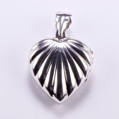 """Ezüst kinyitható szív alakú medál """"nagy"""""""