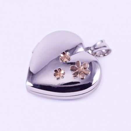 """Ezüst kinyitható szív medál """"aranyozott virágok"""""""