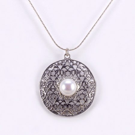 Izraeli ezüst gyöngy medál lánccal