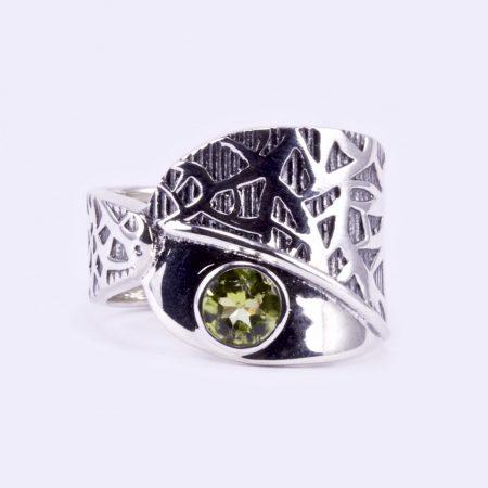 """Ezüst gyűrű olivin kővel """"ant"""""""