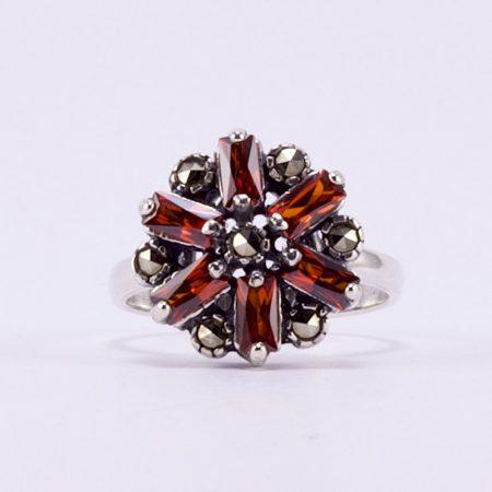 Ezüst gránát markazit köves gyűrű