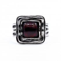 """Izraeli ezüst gránát köves gyűrű """"8x8"""""""