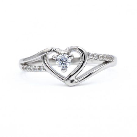"""Ezüst cirkónia köves gyűrű """"szív"""""""