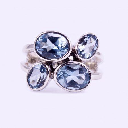 """Ezüst kék topáz köves gyűrű """"4"""""""
