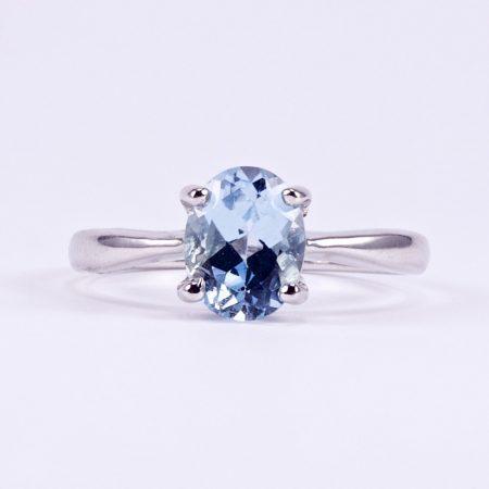 """Ezüst kék topáz gyűrű """"karmos"""""""