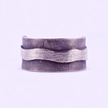 """Ezüst antikolt gyűrű """"nyitott"""""""