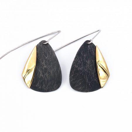 Ezüst feketített és aranyozott fülbevaló