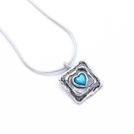 """Izraeli ezüst opál köves medál lánccal """"négyzetben szív"""""""