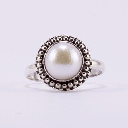"""Ezüst gyöngy gyűrű """"csipkés"""""""