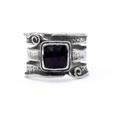 """Izraeli ezüst ónix köves gyűrű """"6x6"""""""