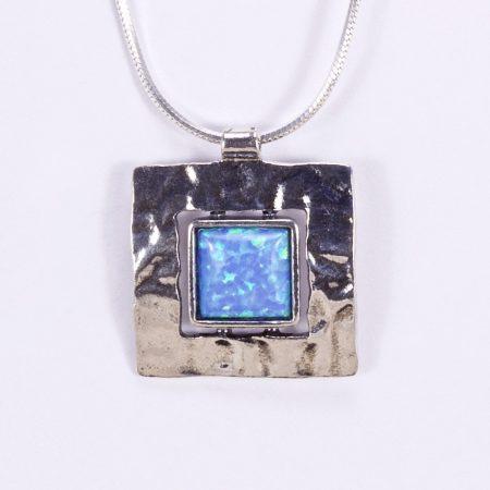 """Izraeli ezüst opál köves medál lánccal """"köz négyzet"""""""