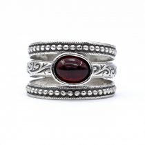 """Izraeli ezüst gránát köves gyűrű """"8x6"""""""
