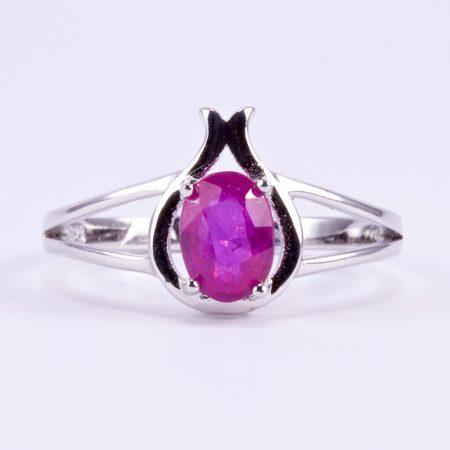 """Ezüst rubin köves gyűrű """"köz"""""""