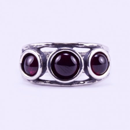 "Izraeli ezüst gránát köves gyűrű ""3.csiga"""